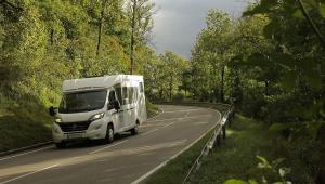Husbil på väg mot Tauber Romantik