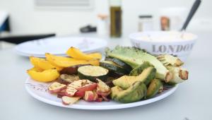 Grillade grönsaker med fetaoströra Skåne