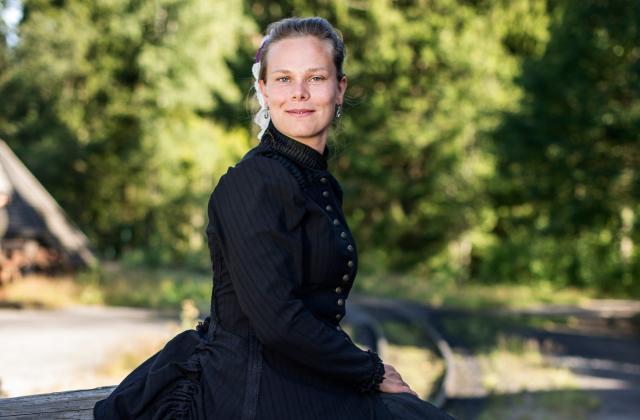 EMILY WIGERHÄLL - ateljéchef och ansvarig för parkens över 4 000 kostymer